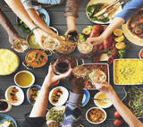 Cutting Through the Clutter to Brand Your F&B in 2017
